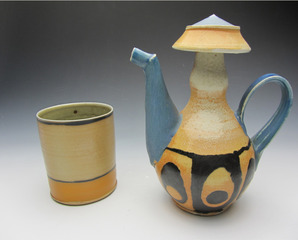 Teapot and cup , Triesch Voelker