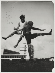 Sport at the Bauhaus (The jump over the Bauhaus), T. Lux Feininger