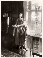 Anna Pavlova at Ivy House By Bassano ,