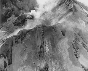 Mount St. Helens: Aerial view: Mount St. Helens rim, crater, and lava dome,Frank Gohlke