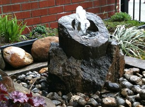 20120329195737-brooklyn-rockwerks-cored-rock-fountain