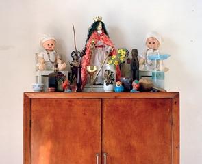 Cabinet de Santos, Tori Purell