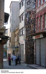 (Installation for Istanbul Biennial), Doris Salcedo