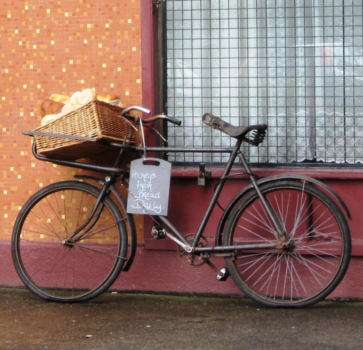 20120412230556-hickey_bakery_bike