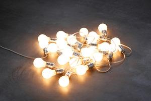 20120501032518-felix_gonzalez-torres_untitled_silver_wiels