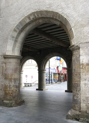 20120521004955-irish_archways_i2340