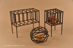 20120521013723-lemon_cages