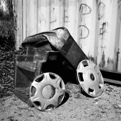 10m.06s., Shelters of Refuse series,Lara Dhondt