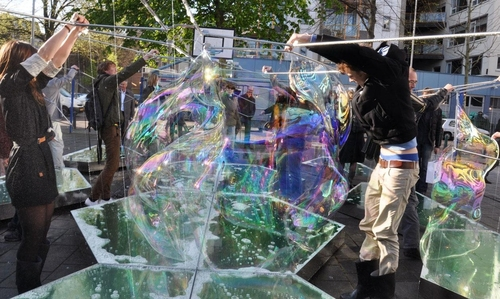 20120619125242-bubble