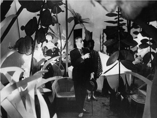 Still from the 1924 Marcel l\'Herbier film L\'inhumaine,