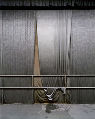 Silver Curtain,Larry Sultan