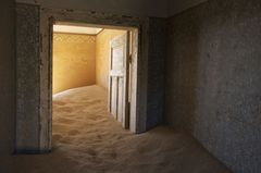 20120724180334-1_-_house_of_sand__ron_fricke