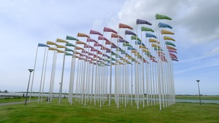 Le vent souffle où il veut (the wind blows where it will), Daniel Buren