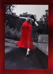 20120829170527-red_03_skirting_away_b