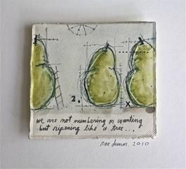 Pear, Rae Dunn