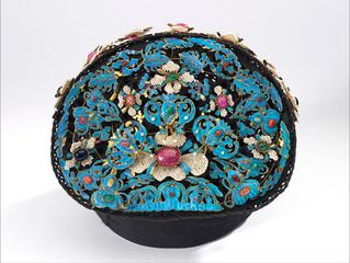 Manchu woman\'s headdress,