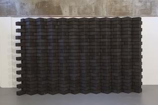 Yoga Brick Wall (Black), Mungo Thonpson