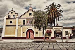 20121006030902-nuestra_senora_retna_no_coche