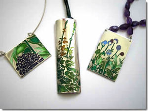 20121104174303-louise_richards_garden_jewellery