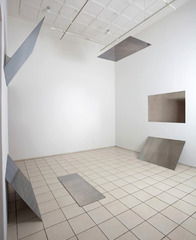 Tilt / Swing (360° field of vision, version 1), Liz Deschenes
