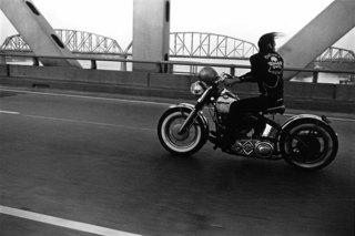Crossing the Ohio, Louisville, Danny Lyon