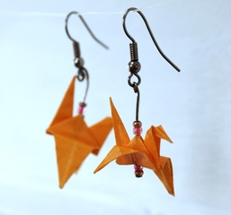 Origami earrings, Tina Viljoen