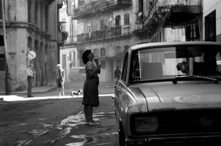 Steet Scene, Havana, Julia Dean