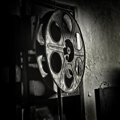 20121218055450-film_is_dead
