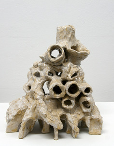 20130130125438-chris-hammerlein-untitled-labyrinth1-2012-glacedceramic-36x34x25-web