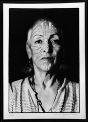 Portrait mit Tätowierung, Meret Oppenheim