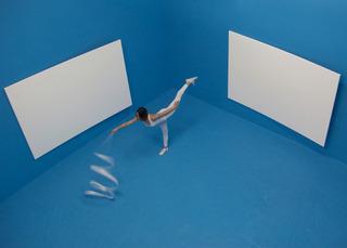 Air Drawings of the Guggenheim (Performance) , davide balula