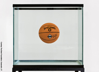 One Ball Total Equilibrium,Jeff Koons