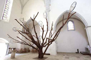Unrooted Tree (Arbre sans racines) ou la Machine à faire parler les arbres, Art Orienté Objet