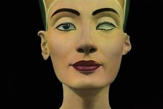 Nefertiti, Berlin 2003, Youssef Nabil