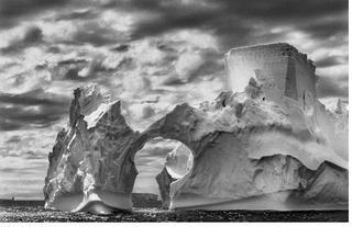 Iceberg on the Weddell Sea. Antarctic Peninsula, Sebastião Salgado