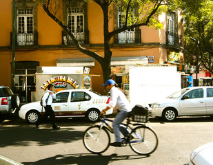 From the thesis of Regina Velasco Gómez, Mobile Mexico: Street-Level Citizenship Condesa Lifestyle  ,