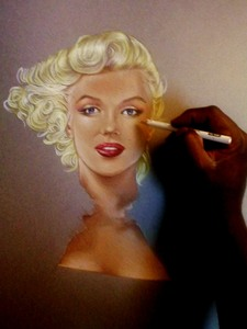 20130506011037-art_of_marilyn_monroe_2nd_stage-1