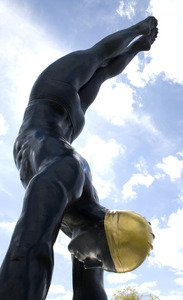20130506222351-diver_side_view