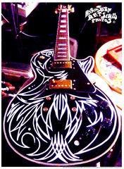 20130509225826-hot_rod_surf_mwm_pinstriped_guitar_sm___00_