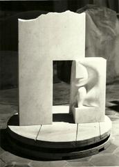 20130510160833-scultura-la_porta_di_psiche-marmo_carrara_1983
