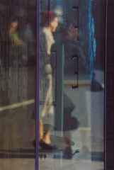 Walking, Saul Leiter