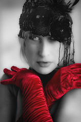 20130606233537-_mg_7728-1-b-w-w-red-gloves-6x9-ca-open-show-web