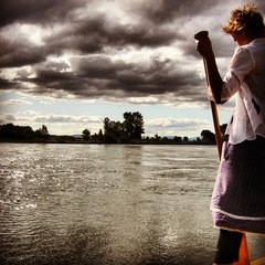 Sylvia on the Willamette, Wes Modes
