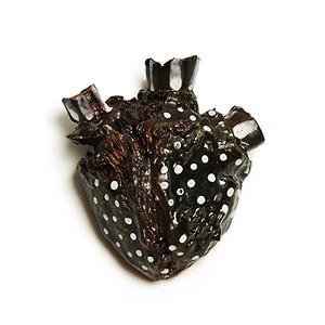 20130815200203-artslant_spotted_heart