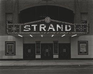 Strand Theatre, Keyport, NJ, George Tice