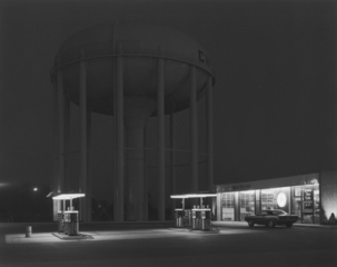 Petit's Mobil Station, Cherry Hill, NJ, George Tice