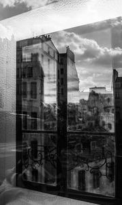 20130916045300-paris_window_bw