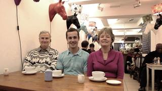 Family Coffee, Robert Crosse