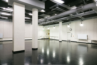 Studio B,