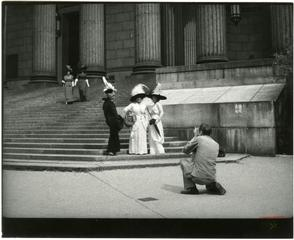 Bill Cunningham Photographing Models, New York County Court House,